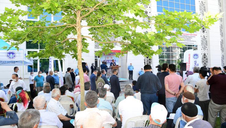 Gelincik Tepesi 678 Konut İçin Anahtar Teslim Töreni Düzenlendi