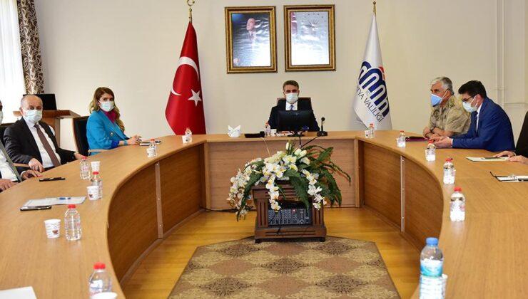 Vali Aydın Baruş Başkanlığında Uyuşturucu ile Mücadele Toplantısı Gerçekleştirildi